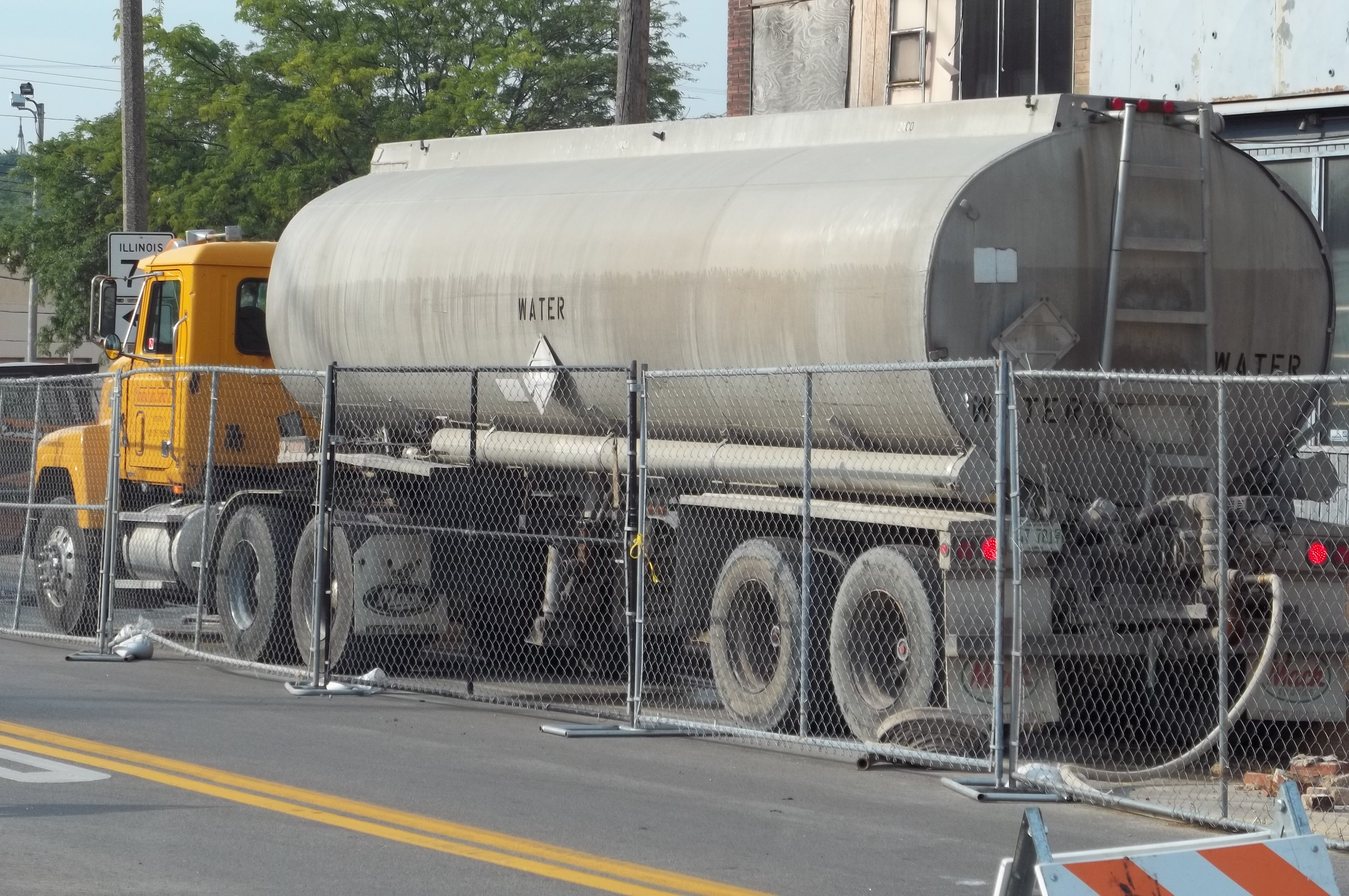 Q a is the transportation of water subject to the usdot for Who is subject to federal motor carrier safety regulations
